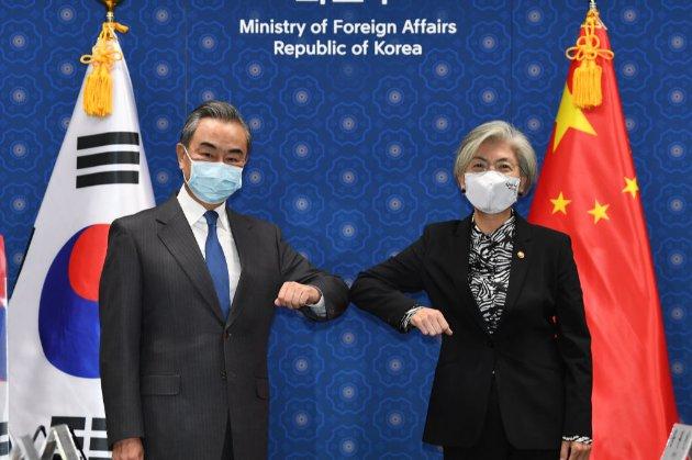 Південна Корея веде переговори з Китаєм для побудови миру на Корейському півострові