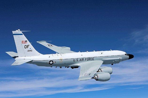 Російський винищувач перехопив стратегічний літак-розвідник ВПС США над Чорним морем