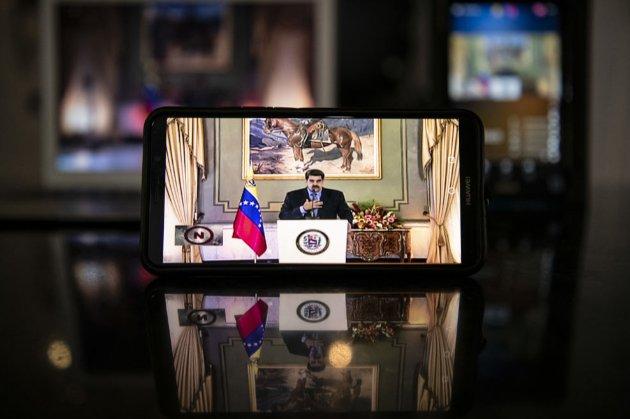 Президент Венесуели Мадуро закликав додавати його в Whatsapp і Telegram