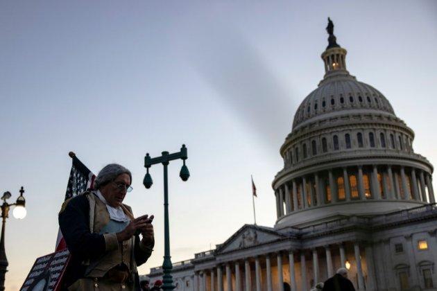 Американські прокурори розслідують ймовірну схему «підкупу президента задля помилування»