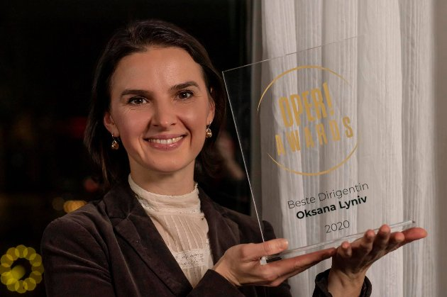 Німеччина вручила українці Оксані Линів нагороду «Найкращий диригент 2020 року»