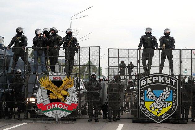 У придушенні протестів у Білорусі взяли участь ексберкутівці — ЗМІ