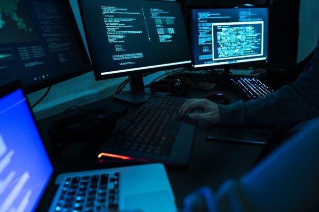 Кібершпигуни цікавляться мережею розповсюдження вакцини від COVID-19. IBM підозрює Китай та РФ