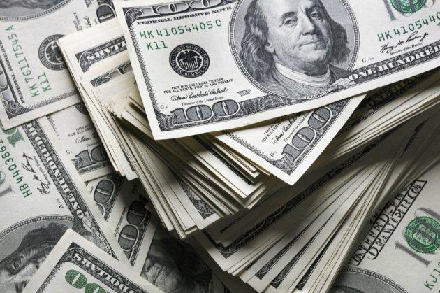 НБУ: в Україну за 10 місяців надійшло приватних переказів на $9,6 млрд