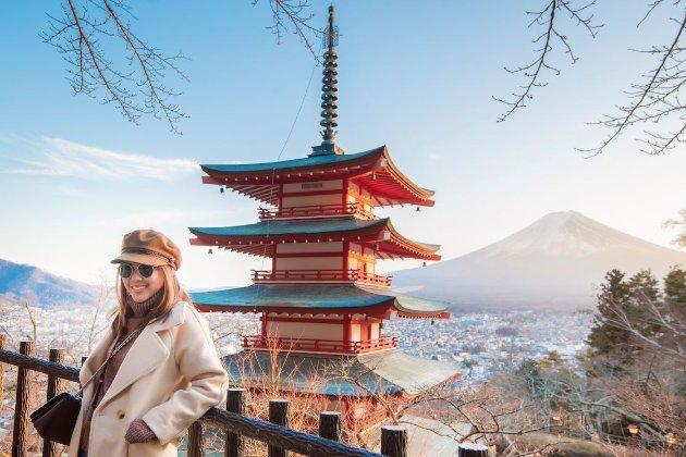 Японія обдумує обмежене відновлення туристичних поїздок іноземців із весни