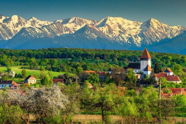У Румунії — парламентські вибори. Соціологи передбачають перемогу проєвропейських сил