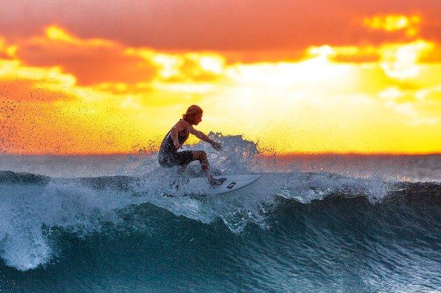 МОК включив в програму Олімпіади-2024 серфінг та брейк-данс