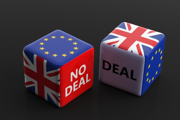 ВМС захищатимуть води Британії від рибалок з ЄС у разі жорсткого сценарію Brexit. Російські військові «посміхатимуться»