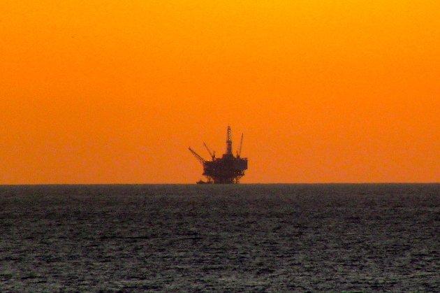 Нафта відновлює свою ціну до $50 за барель. Попит на паливо повертається до нормальних рівнів у Європі і в Азії