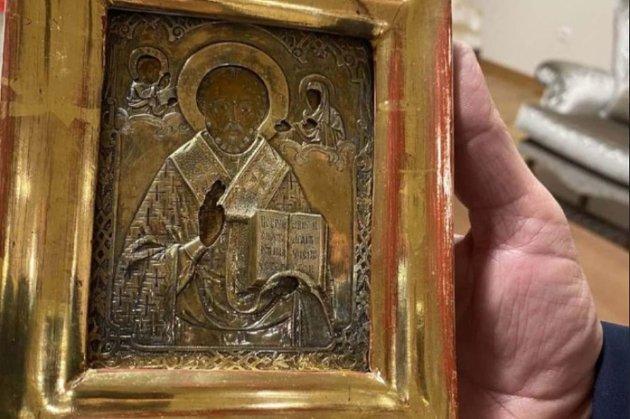 Лаврову в Боснії подарували ікону з Луганська. У МЗС України вимагають пояснень