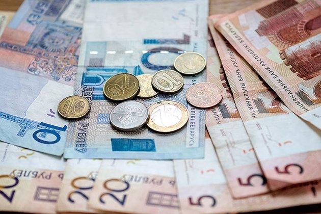 У Білорусі хочуть брати гроші за виїзд із країни