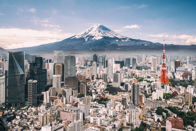 Японія прийняла рекордний за обсягом бюджет на наступний рік у відповідь на виклик пандемії