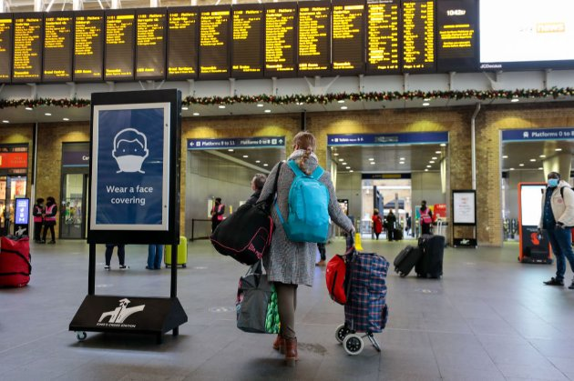 Україна поки що не закриватиме авіасполучення з Великобританією (оновлено)