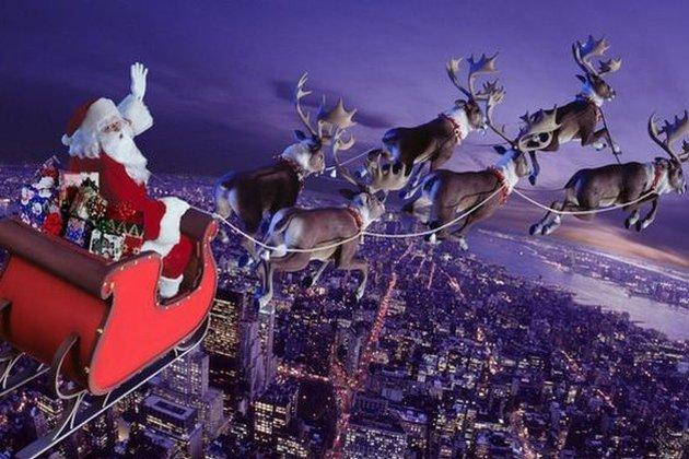 Санта-Клаус вирушив у різдвяний політ. Його можна відстежити на сервісі Flightradar