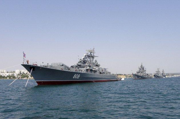 Росія провела військові навчання в окупованому Криму