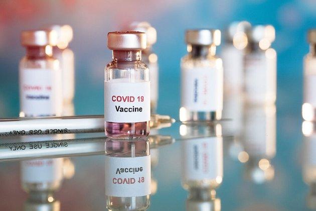 США накажуть приватникам боротися з COVID-19. Для цього Байден використає військові повноваження