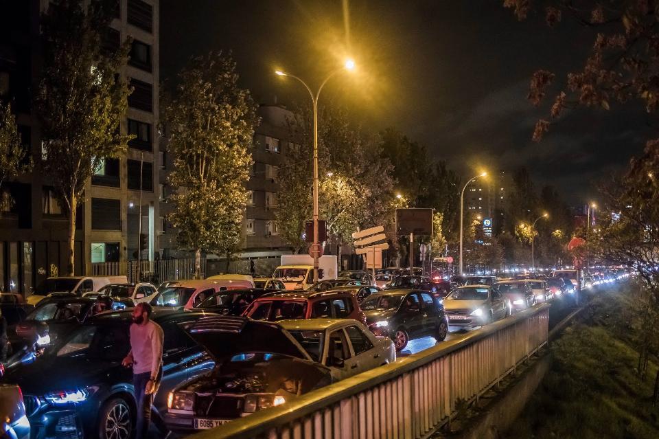 Пробки в Парижі / Ashish Chaturvedi
