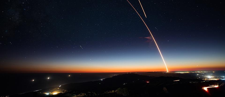 Космічний ліфт. Як доправляти людей і вантажі до орбіти без ракет? Це взагалі можливо?