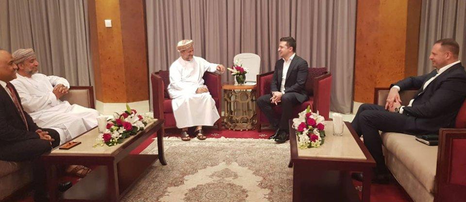 Рік Оману. Чому президентам, королям та імператорам не варто покидати країну