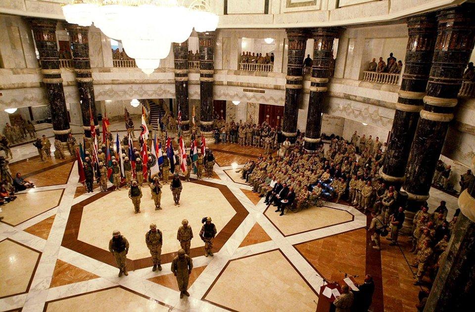 Американські військові в палаці Ель-Фао, липень 2014 року / Getty Images