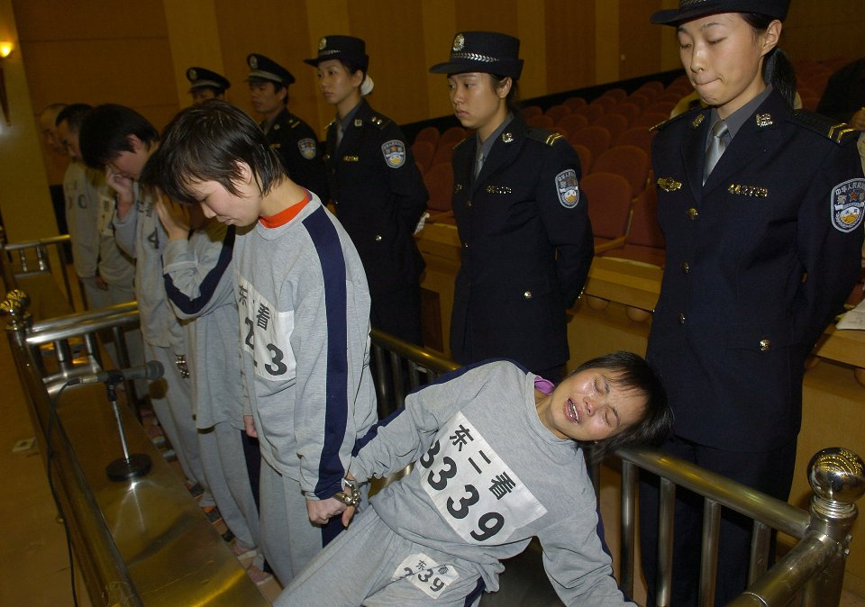 Суд над викрадачами дітей / Getty images