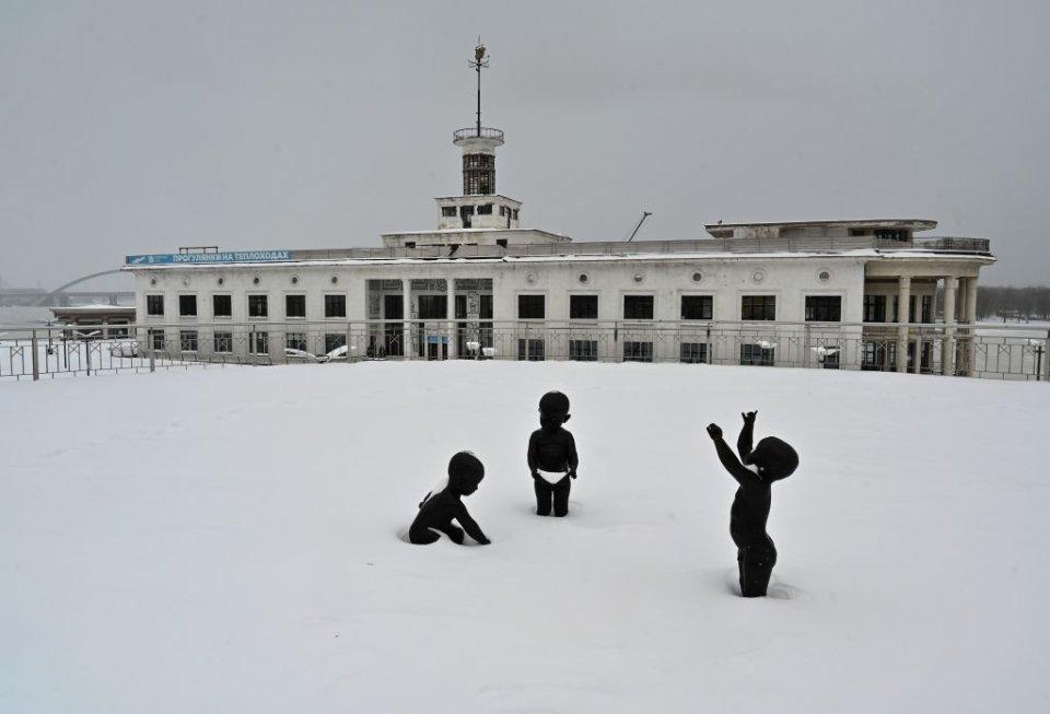 Комунальним службам не варто розслаблятися — після снігу прийде велика вода / Getty images