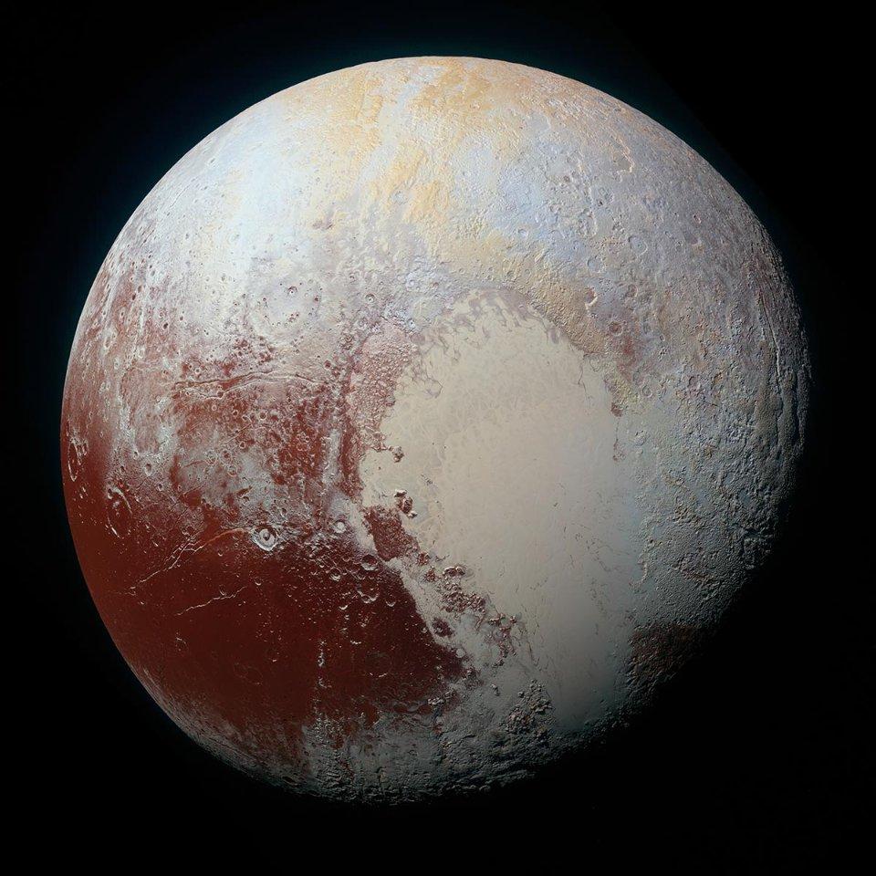 Плутон має «серце», але складається воно переважно з льоду