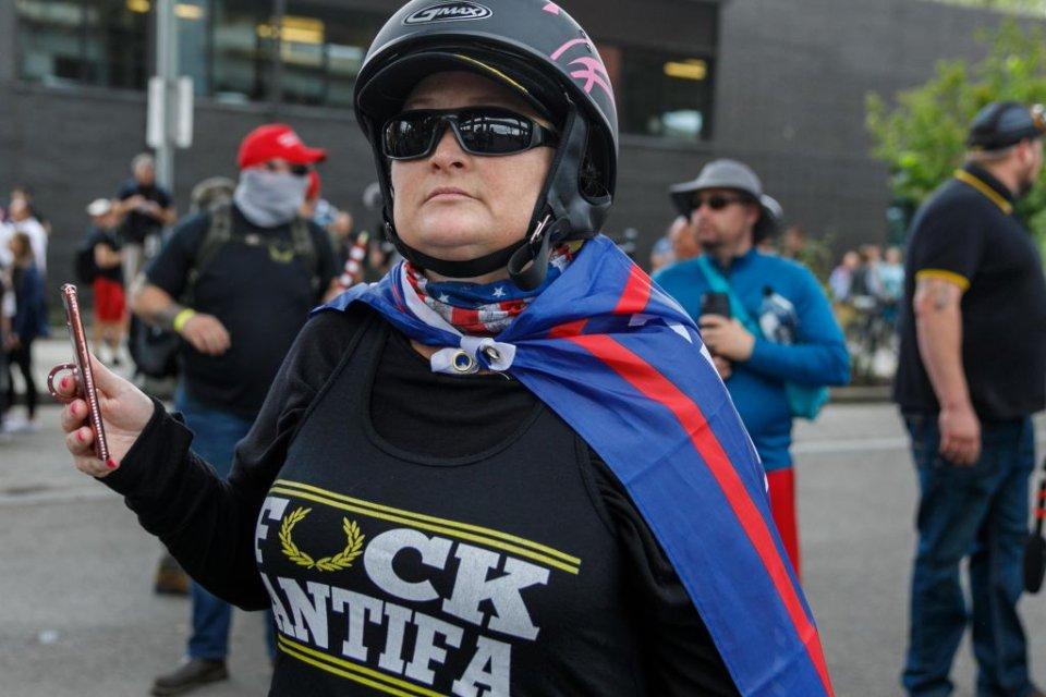 Одна з радикально-налаштованих учасниць протестів / Getty images