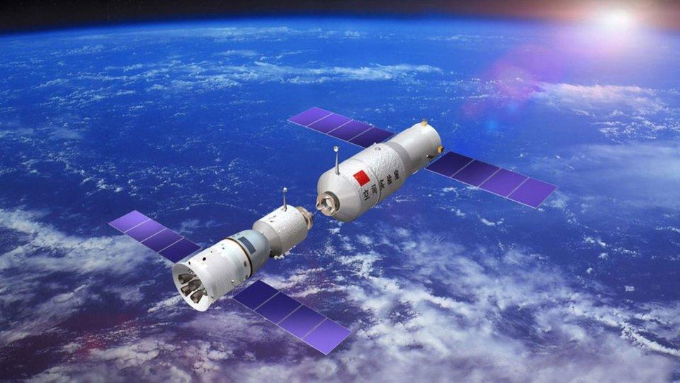 Під час створення  Shenzhou китайські інженери опирались на радянський/російський «Союз»