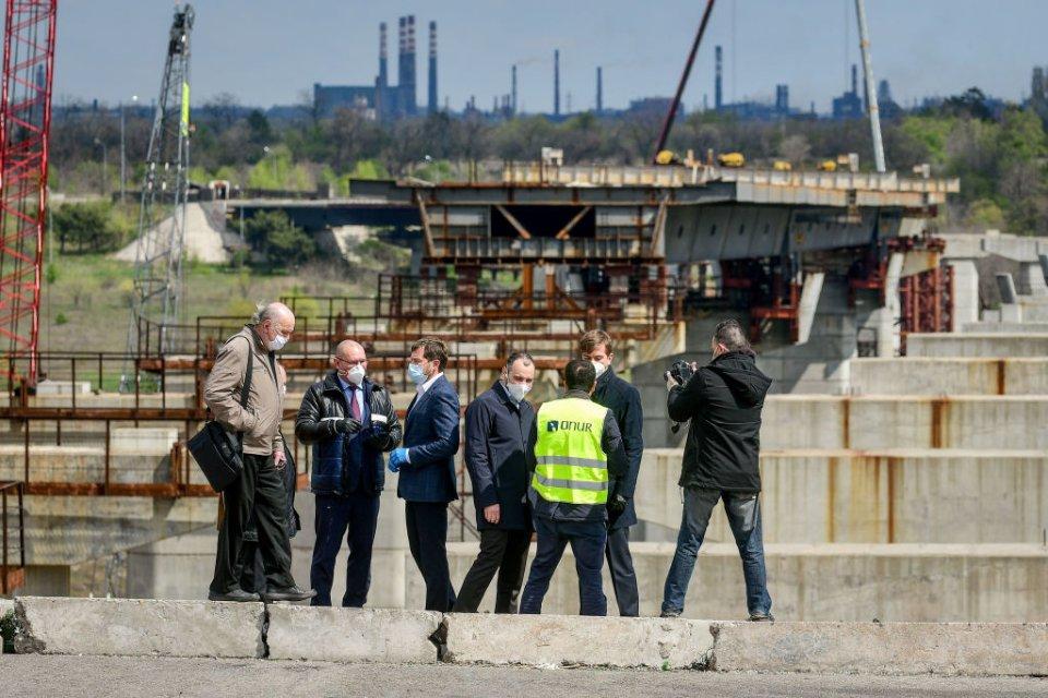 Олександр Кубраков, голова «Укравтодору» на будівництві дороги у Запоріжжі / Getty Images