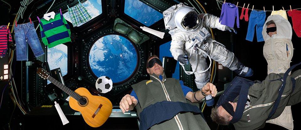 Наче в комуналці. На Міжнародній космічній станції зараз перебуває 11 людей. Це на п'ять більше, ніж зазвичай