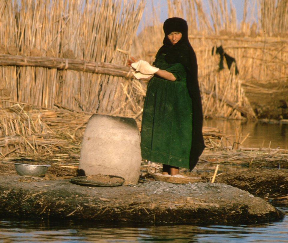 Коржі з пшеничної муки (місцевий аналог хліба) — найрозповсюдженіша їжа в Іраку