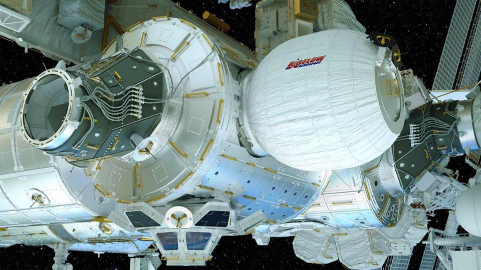 Надувний модуль Bigelow Aerospace, пристикований до МКС