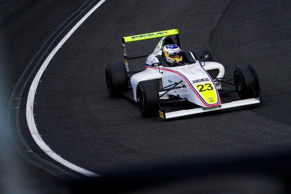 Іван Пеклін на французькій «Формулі-4»