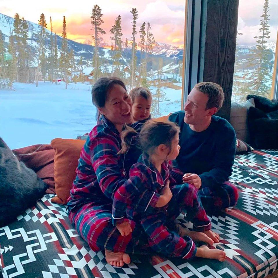 Цукерберг зі своєю родиною