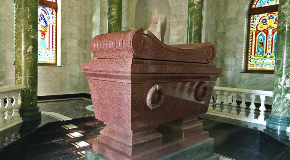 Саркофаг ціною $120 тис