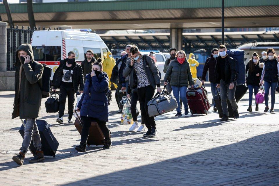 Переїзд за кордон сприймається як певний «соціальний ліфт», — Елла Лібанова