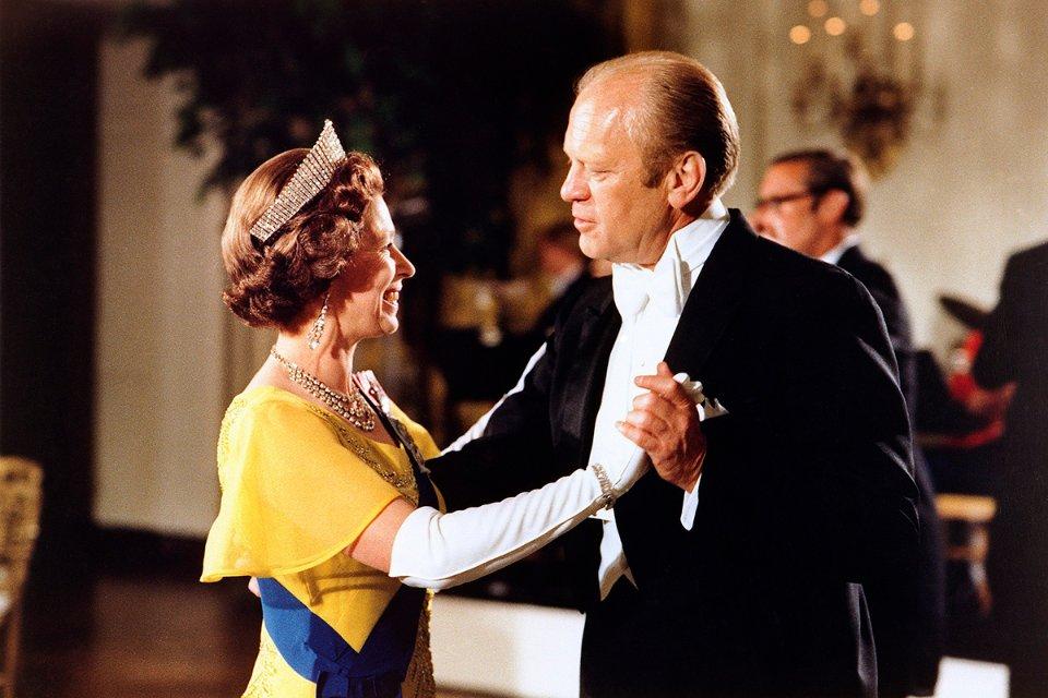 Під час танцю з президентом США Джеральдом Фордом, 1976 рік