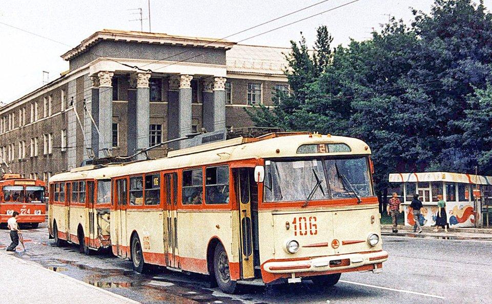 Тролейбусний потяг у Горлівці
