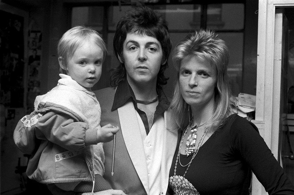 Пол з дружиною Ліндою і дочкою Стелою, 1973 год / Getty Images