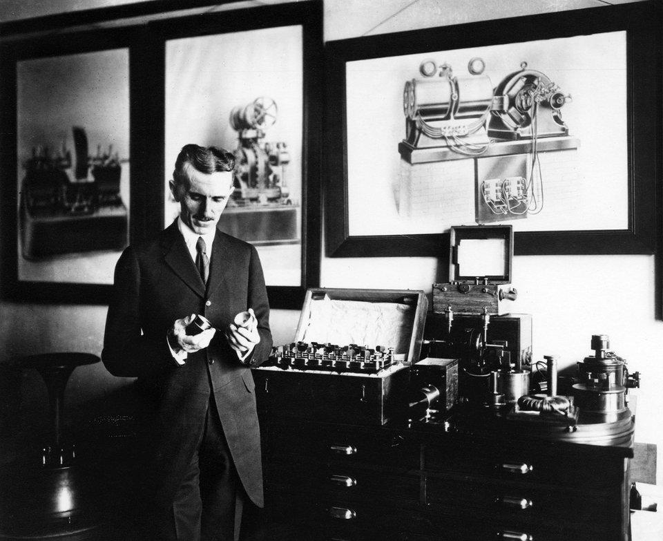Винахідник Нікола Тесла одним з перших вловив іншопланетний сигнал. Так він думав