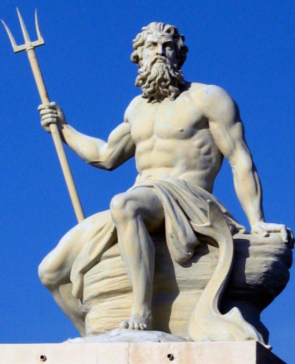Скульптура Посейдона у Копенгагені