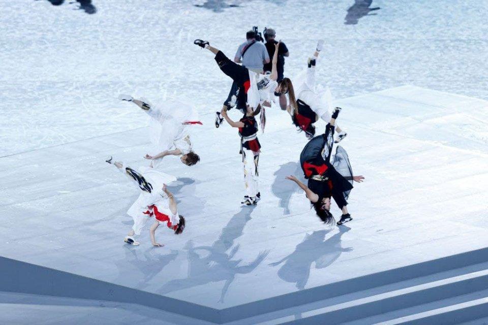 Виступ танцівників на церемонії закриття / Getty Images