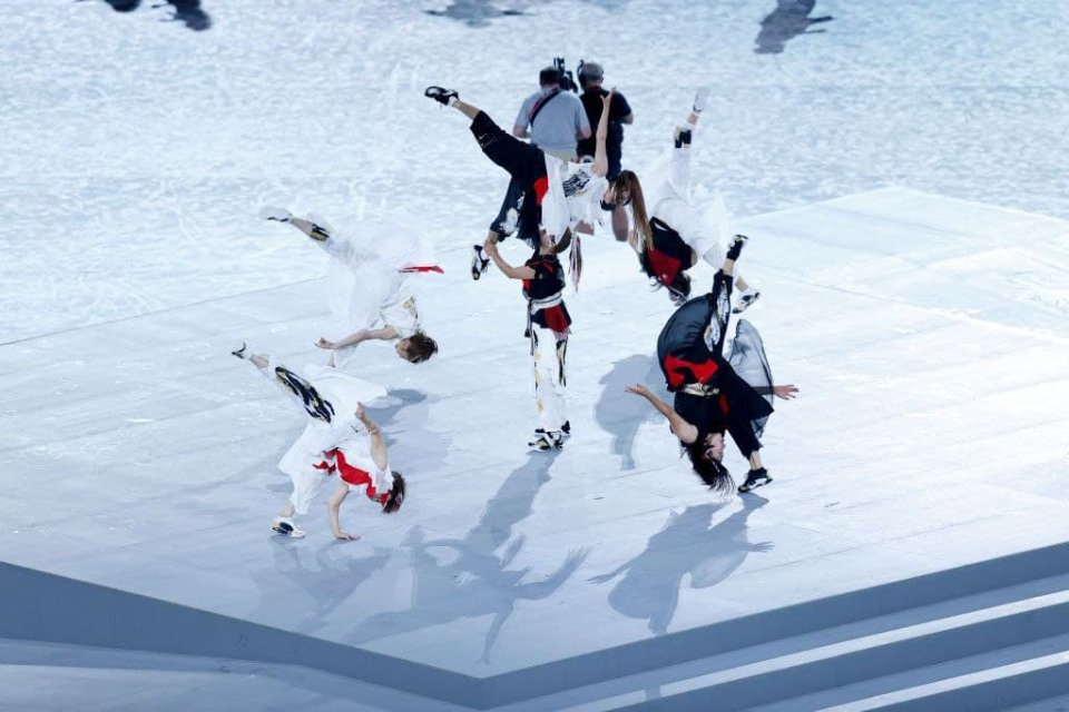 Выступление танцовщиков на церемонии закрытия / Getty Images