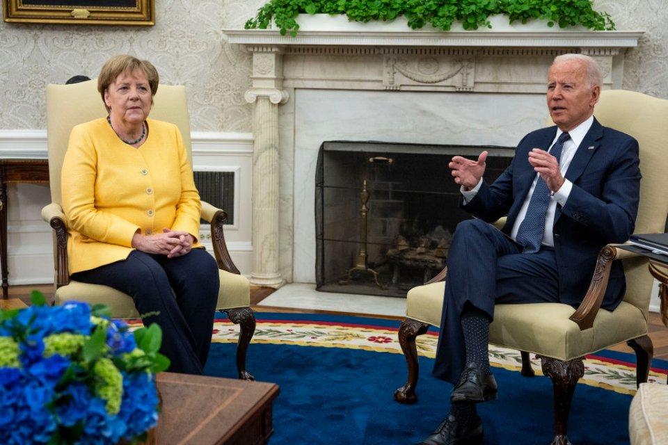 Ангела Меркель и Джо Байден / Getty Images