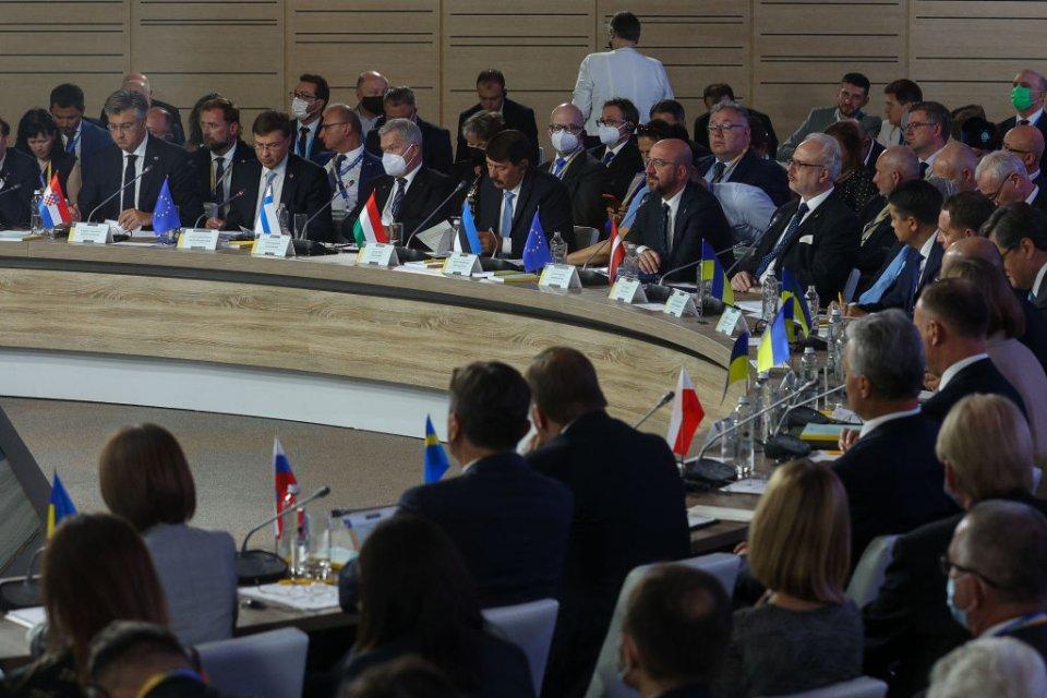 Засідання «Кримської платформи» / Getty Images