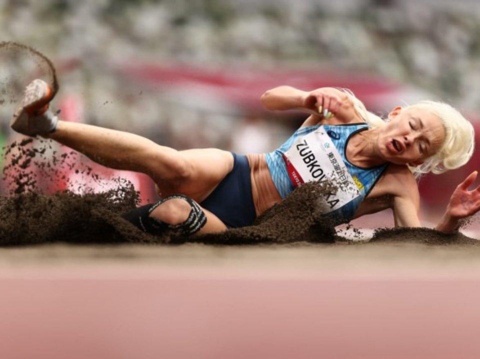 Оксана Зубковська стала чемпіонкою Паралімпіади зі стрибків у довжину. Це її четверте поспіль «золото». На попередніх Паралімпіадах у Пекіні, Лондоні і Ріо спортсменка також здобувала найвищі нагороди / Getty Images