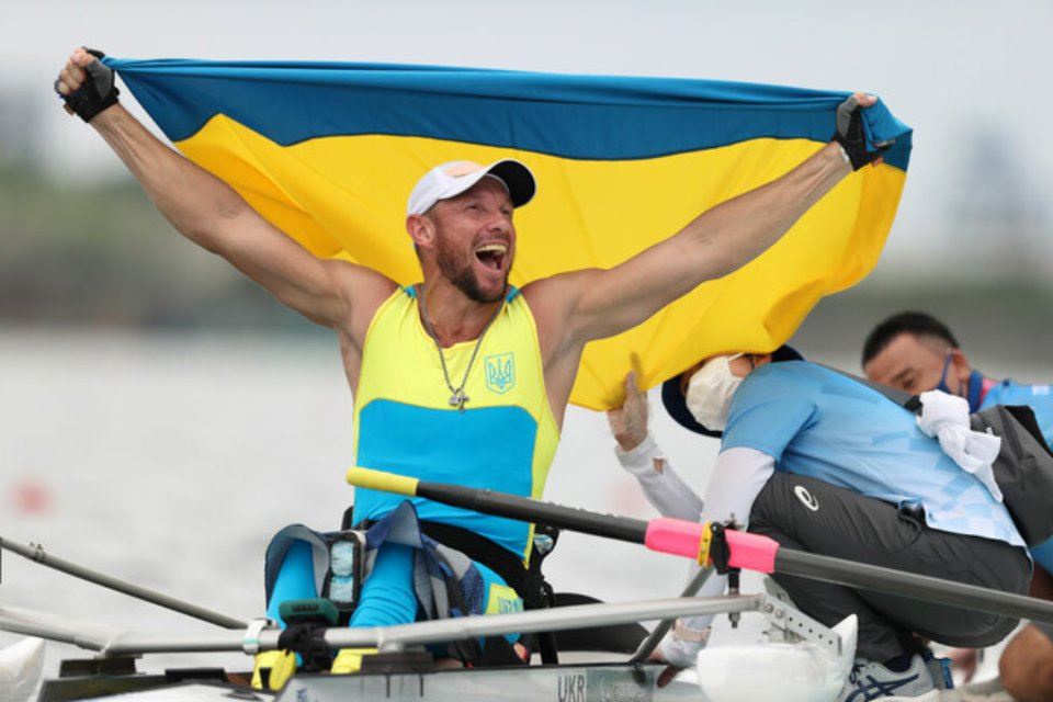 Роман Полянський виграв «золото» в академічному веслуванні / Getty Images