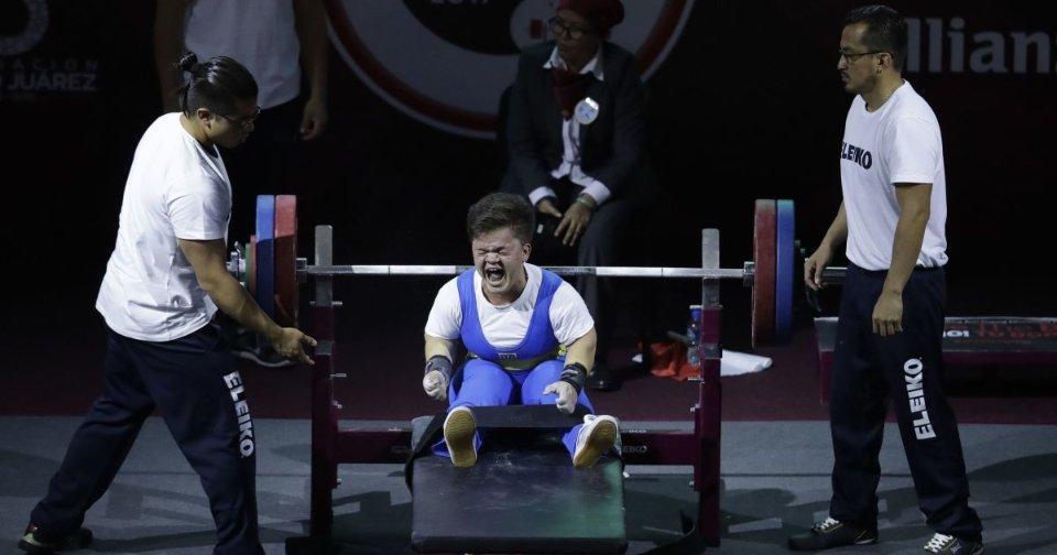 Мар'яна Шевчук отримала «золото» у змаганнях із пауерліфтингу / Getty Images