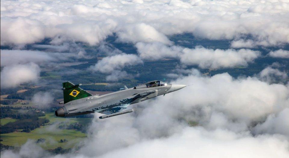 Колись українські ВПС поступалися лише США. Сьогодні у Бразилії набагато більш розвинута авіація, ніж у нас